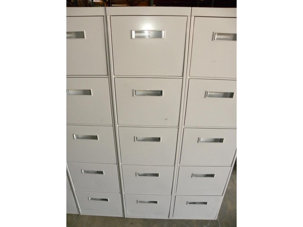Beautiful Used 800 Series 5 Drawer Letter Size Vertical File Cabinet By Steelcase,  White