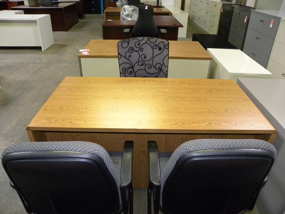 Double Pedestal Bowl Nosed Standard Desk With Overhang