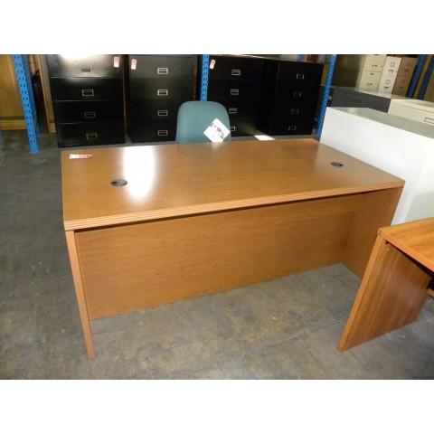 Desks Amp Credenzas