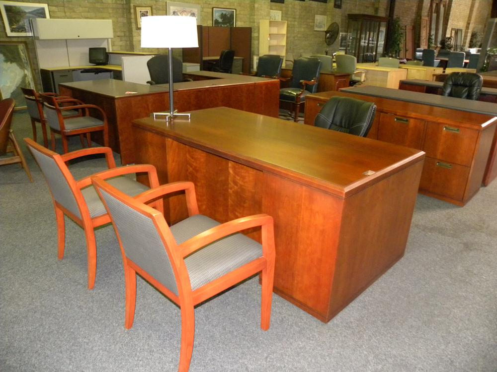 Used American Wood Veneer Desk And Credenza Set By Kimball Cherry Finish